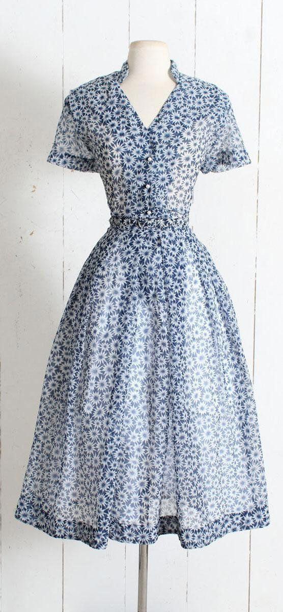vintage 1950s dress vintage 50s jean lang blue daisy print  amber clutch mit floralem design black damen accessoires nabjfdkux #1