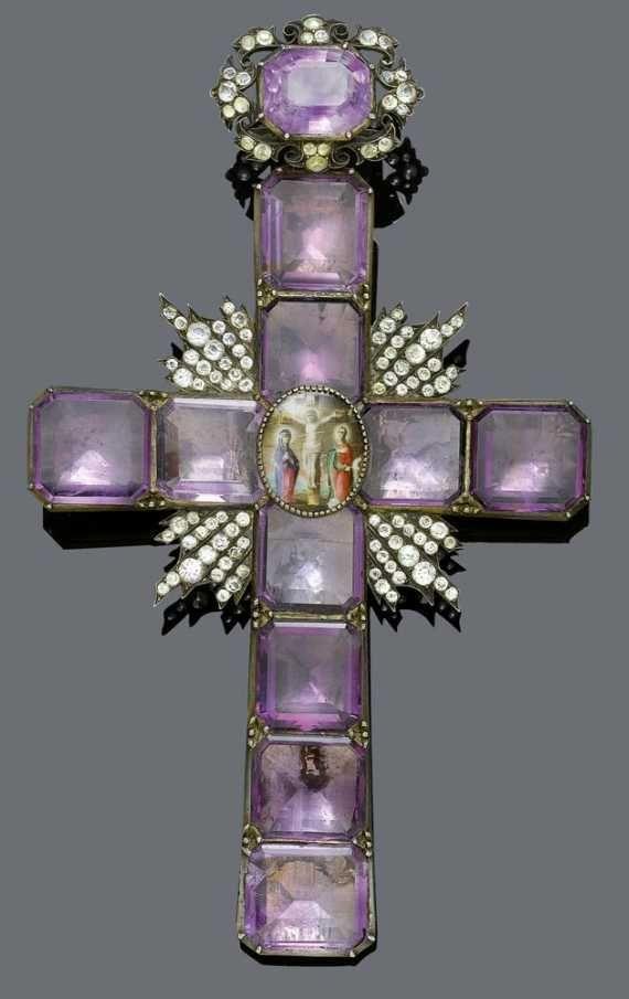 Floral cross cut out necklace set