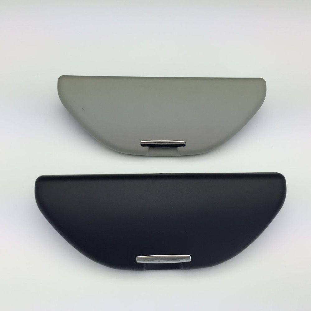 19cm Gray Clip Sun Glasses Case for VW Golf 4 MK4 Passat B5 Bora Skoda Octavia Fabia Polo Black Sunglasses Box 18D 857 465