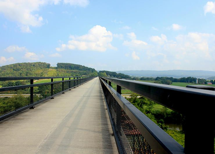 20 great bike routes that are begging for a fall road trip