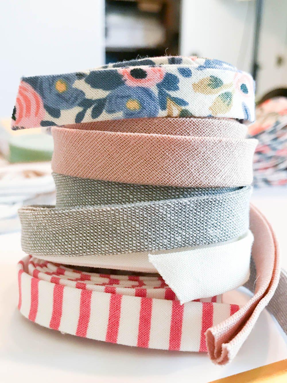 2 Minute Simple No-Sew Hair Bow Headbands — Momma Society