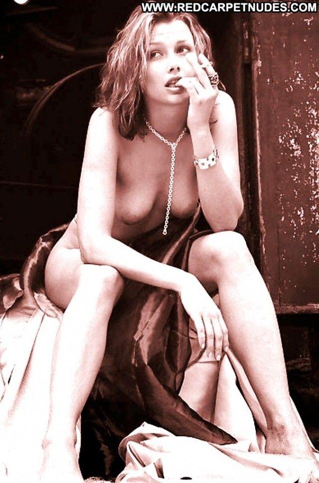Bridgette moynehan nude