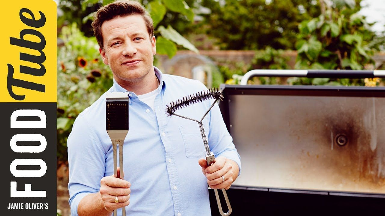 quick get the bbq out of the shed how to clean your grill