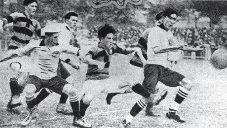 Primeiro Flamengo x Corinthians da história, se não me engano ano de 1918