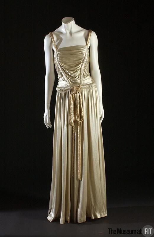 The Museum at FIT: 1939 Maggy Rouff evening dress