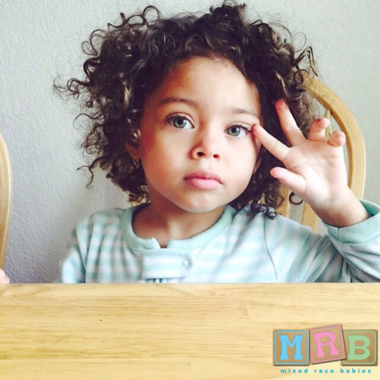 Hispanic Caucasian And African American Mixedracebabies Baby Girl Blue Eyes Mix Baby Girl Baby S First Haircut