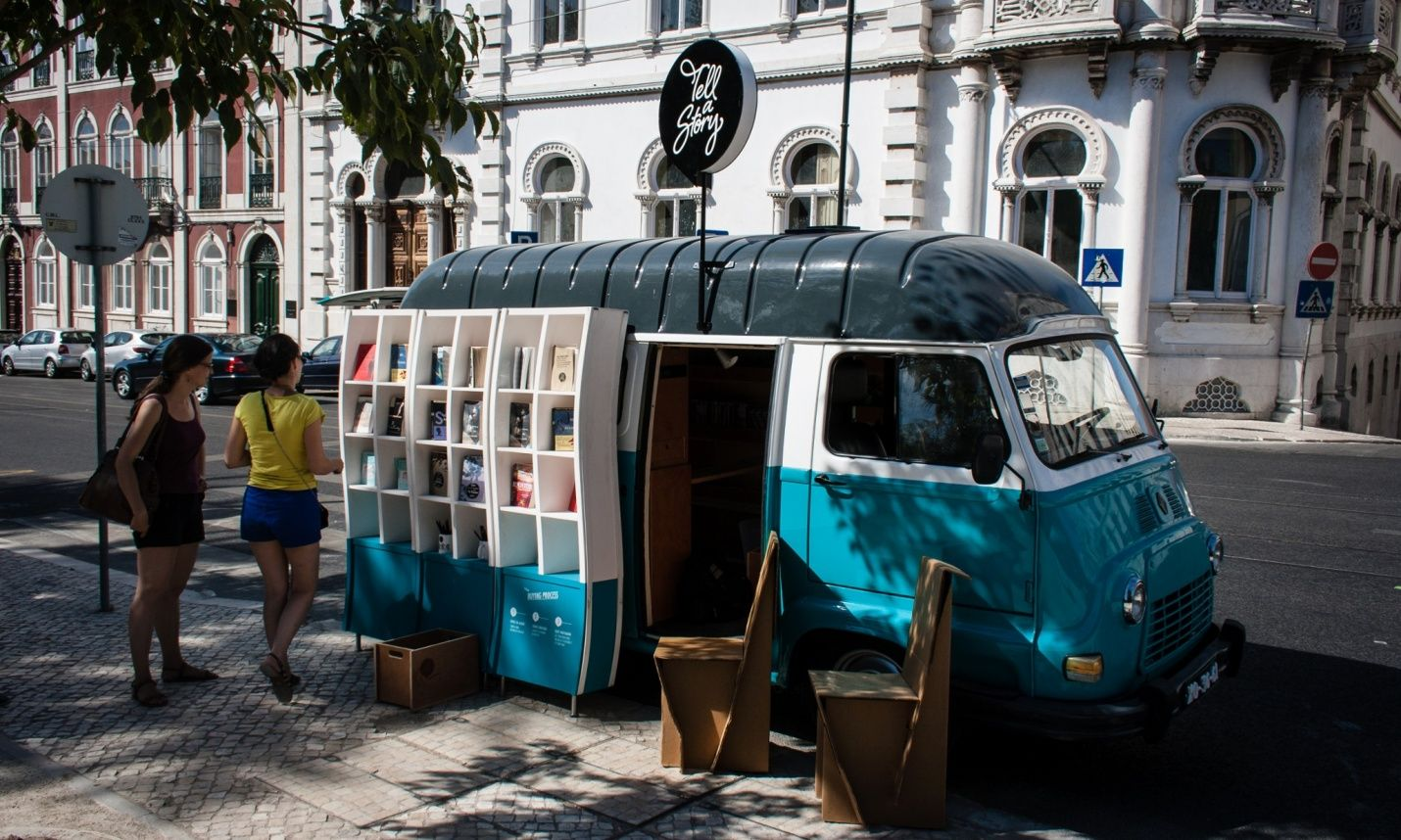 #work is of two kinds: first, altering the position of matter at or near the earth's surface relative to other matter; second, #telling other people to do so ― bertrand russell   #tell a #story   #bookshop in a van   #portugal   foto: douglas cabel