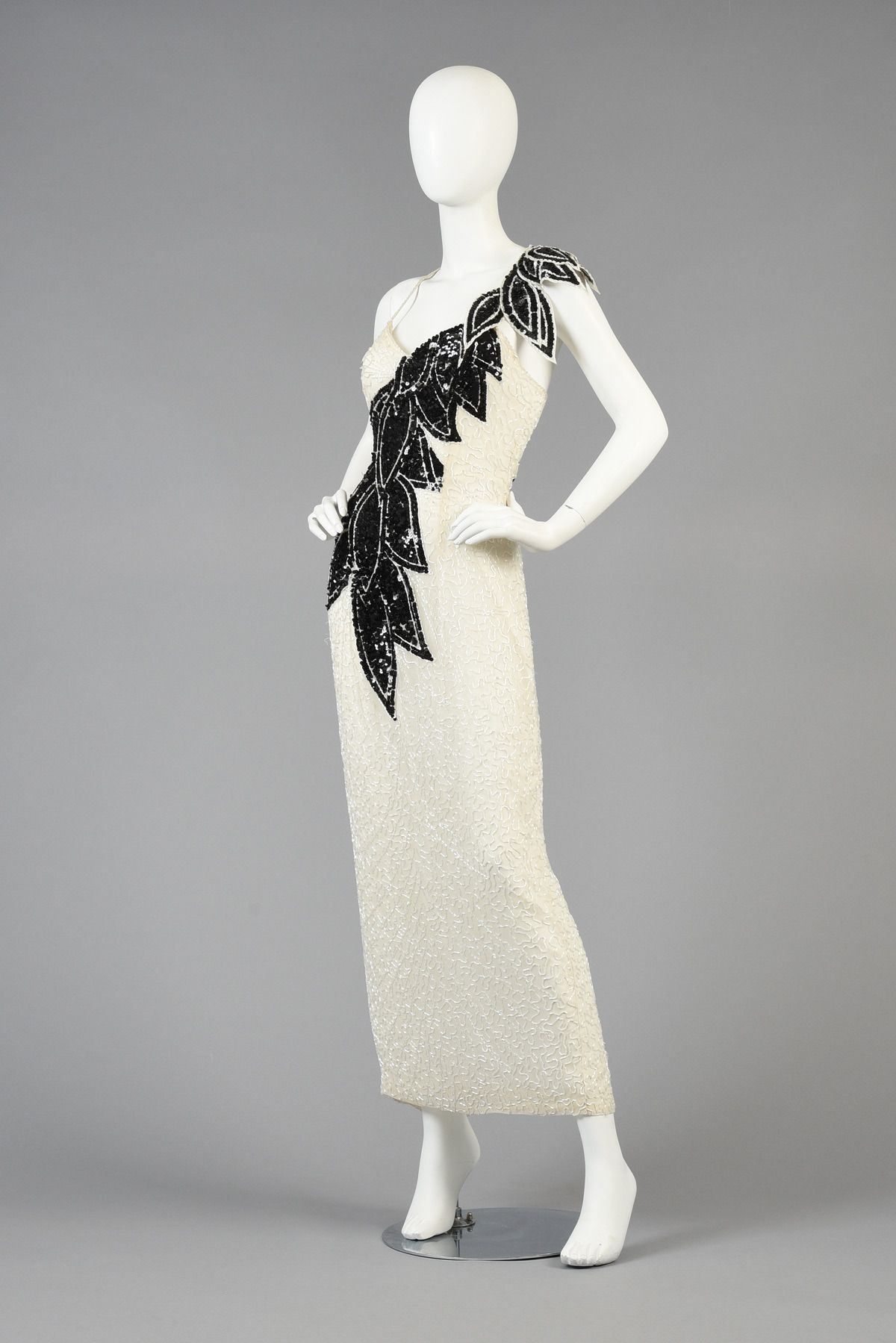 Lillie Rubin Black and White Beaded Gown with Architectural Leaves ...