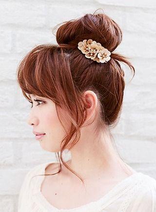 セミロングの結び方や簡単なアレンジ方法など可愛い髪型をご紹介 出典 Http Beautynavi Woman Excite Co Jp 派手な髪型 可愛い髪型 ヘアスタイリング
