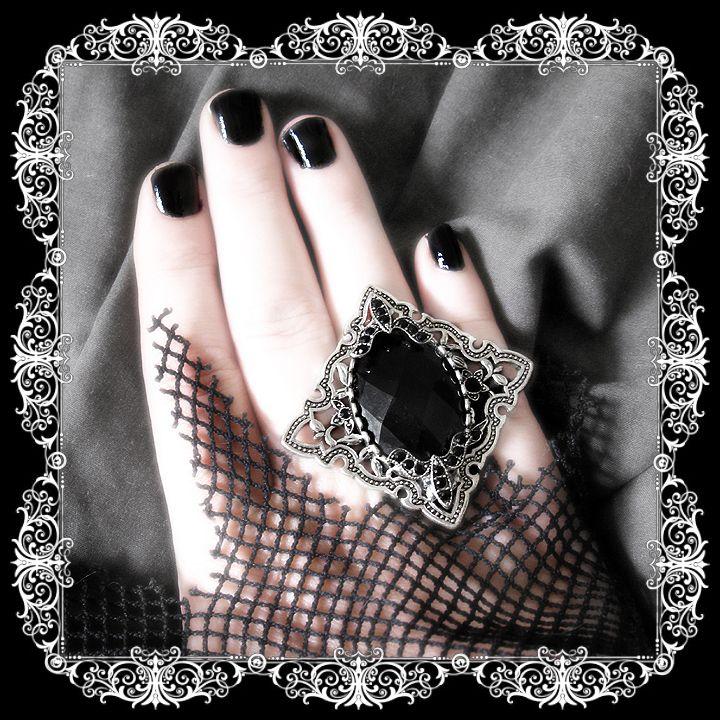 Vampress Marcasite Ring