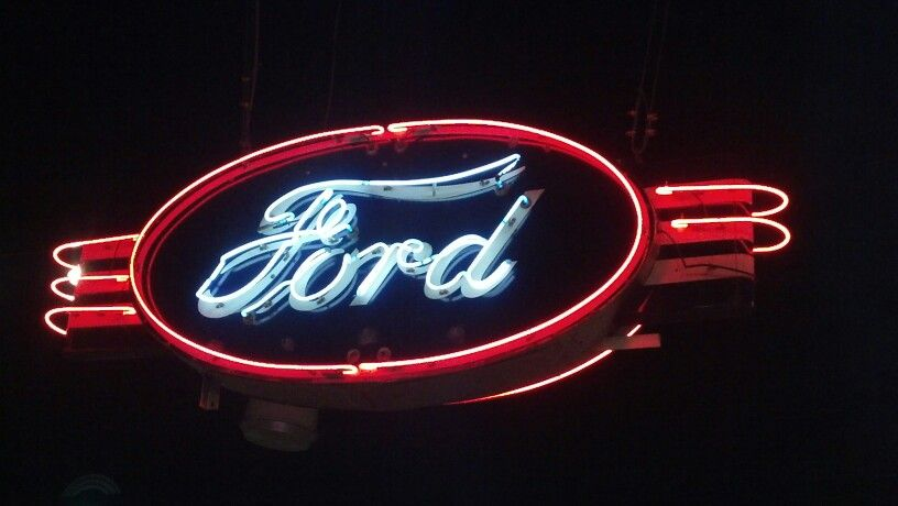 Beautiful Ford Neon Sign Vintage Neon Signs Neon Signs Vintage
