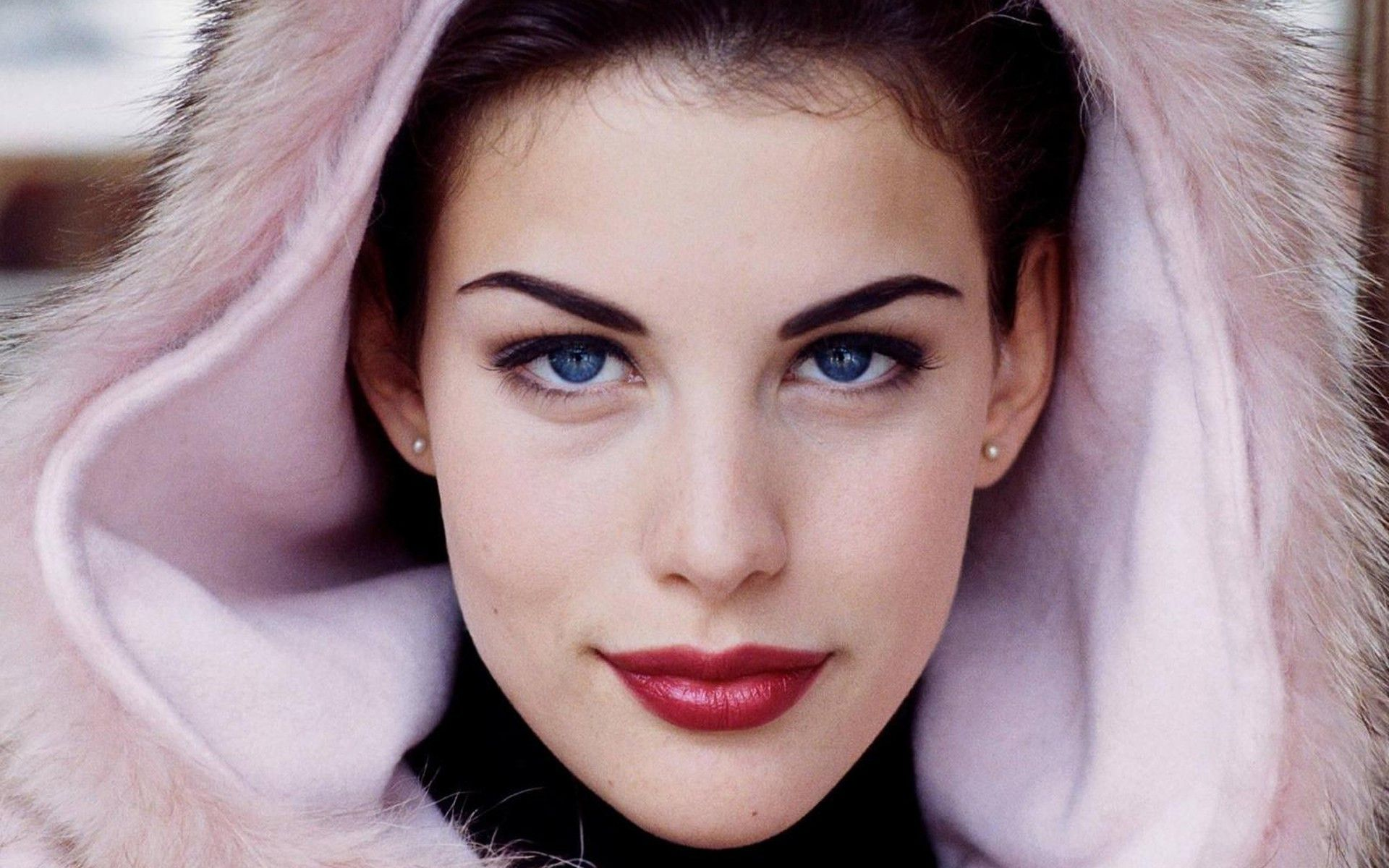 Liv Tyler. Beautiful. | Fashion and style. | Pinterest | Beautiful ...