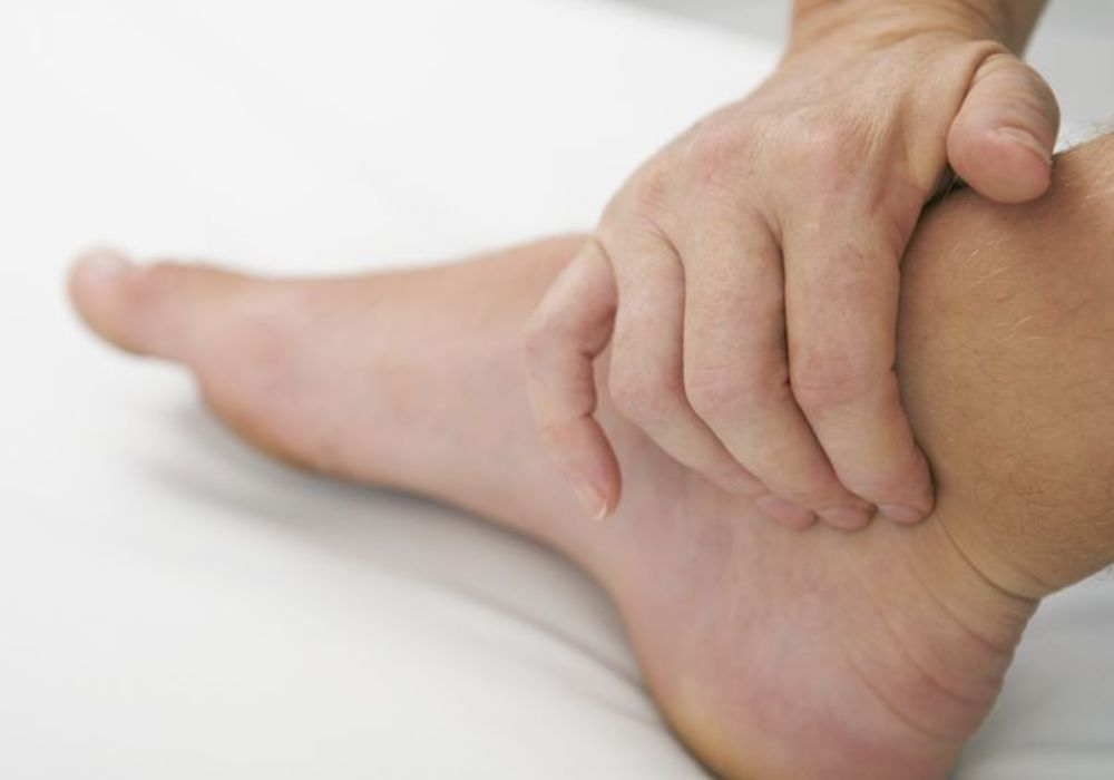 Tips To Reduce Feet Leg And Ankle Swelling Swollen Ankles Foot
