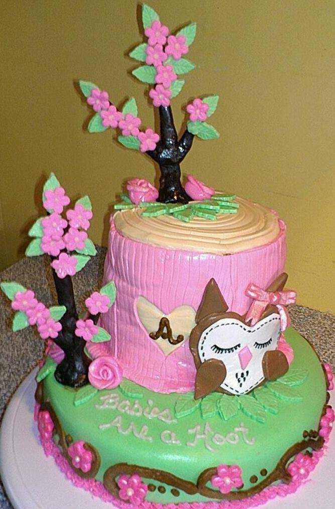 Owl-themed Baby Shower cake.