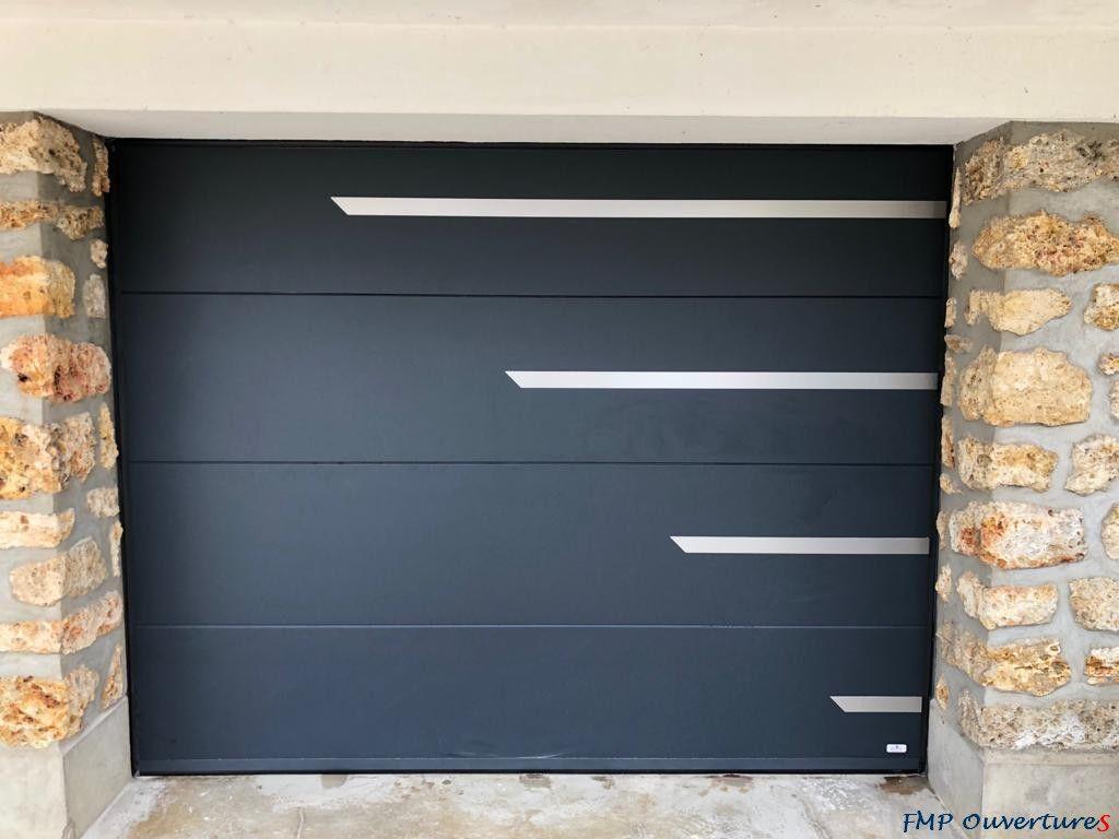 Portes De Garage Sectionnelles En 2020 Porte Garage Garage Porte De Garage Sectionnelle