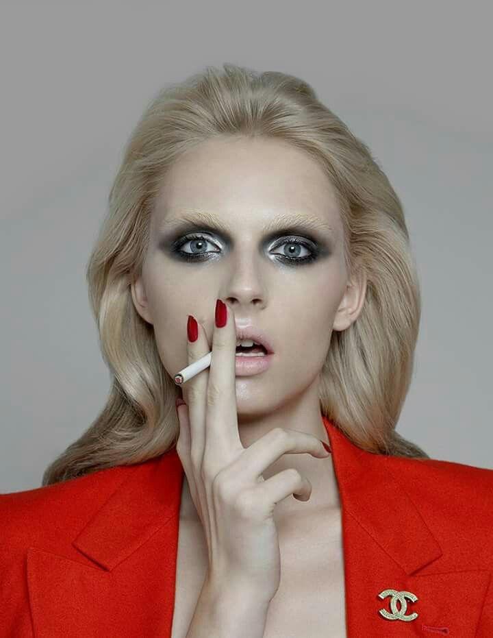 Pin di Ornella Romano Raso su Make-up | Di moda