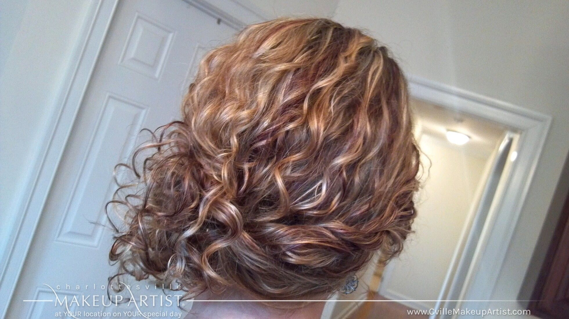 Amazing Blond Updo For Naturally Curly Hair Weddinghair Weddingupdos Updos Curlyhair Looseupdo Curlyhairupdos Hair Wedding Hairstyles Updo Hair Styles