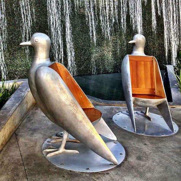 Bird Chairs For The Garden! Cadeiras De Aves No Aria Hotel, Em Las Vegas  Sillas Ave