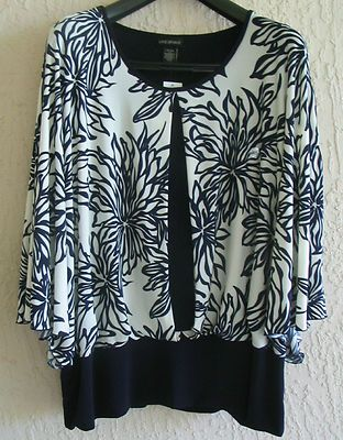 LANE BRYANT Womens Top Blouse Stretchy Size 26/28 3X New.  $14.95