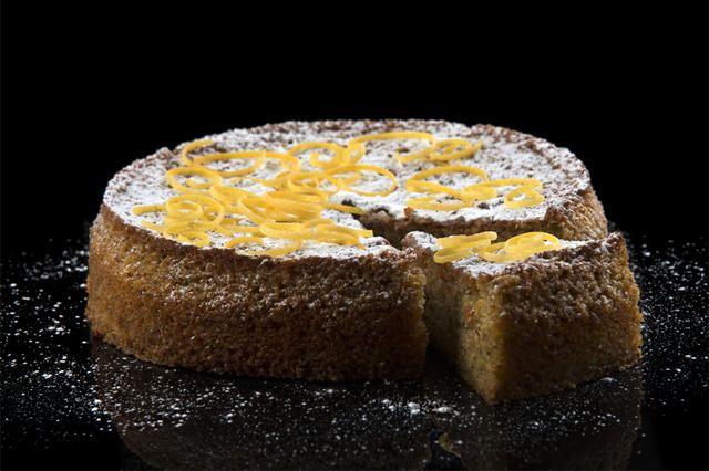 #frabloggerne - lagre de siste oppskriftene fra de beste norske matbloggerne i din kokebok: hobbykokken - Glutenfri sitronkake med potet