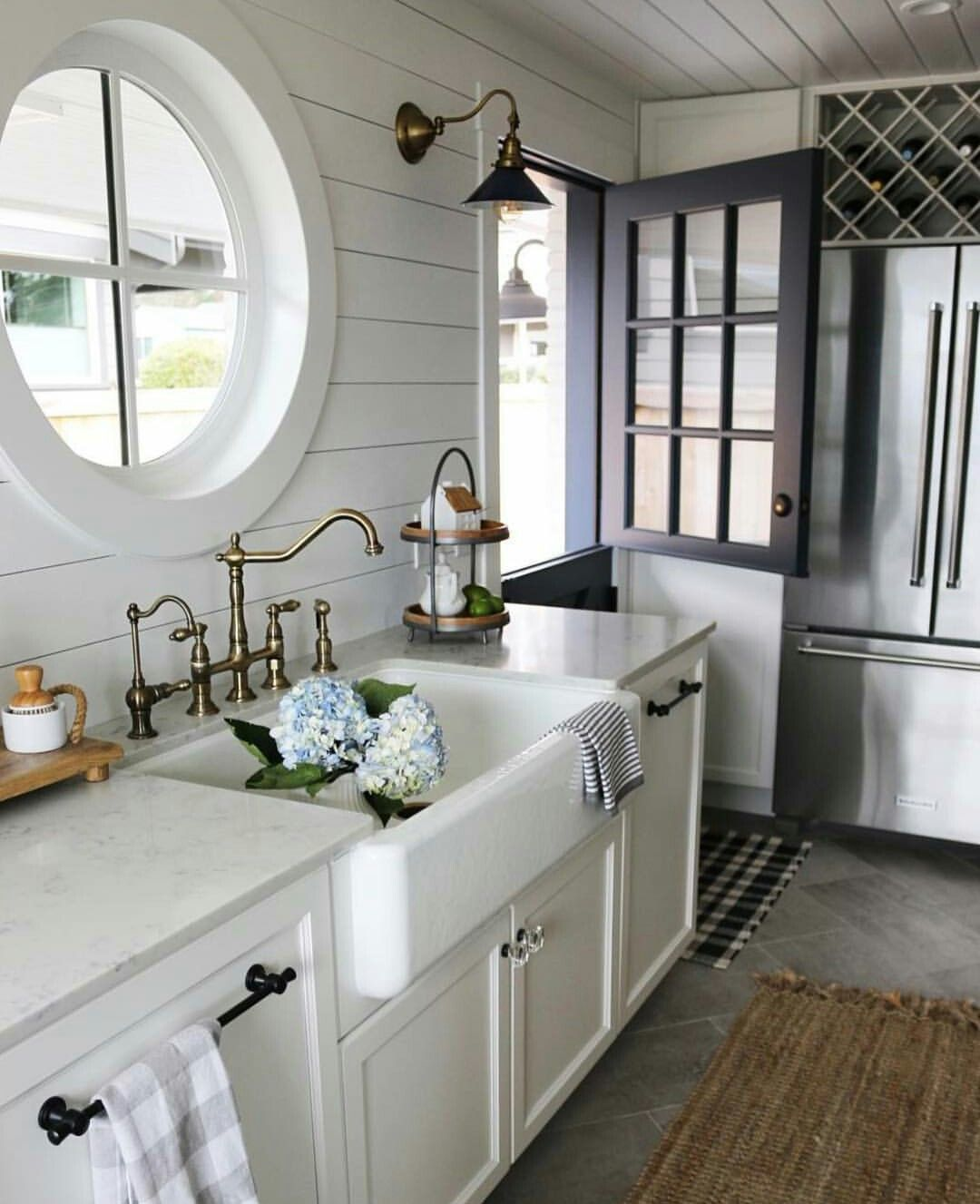 pin by terri faucett on modern farmhouse kitchen remodel. Black Bedroom Furniture Sets. Home Design Ideas