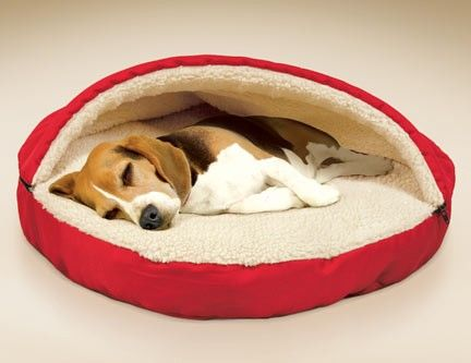 Pet Cave Pet Bed surrounds your pet with warmth and comfort. Pets love to burrow and the Pet Cave Pet Bed, is designed to give your dog or cat a cozy place to stay warm. #PetCave