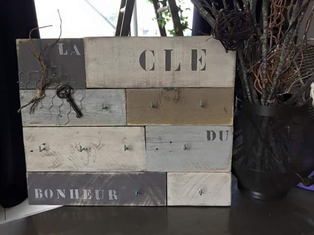 panneau porte cl s mural en bois d coration int rieure maison pinterest panneaux porte. Black Bedroom Furniture Sets. Home Design Ideas