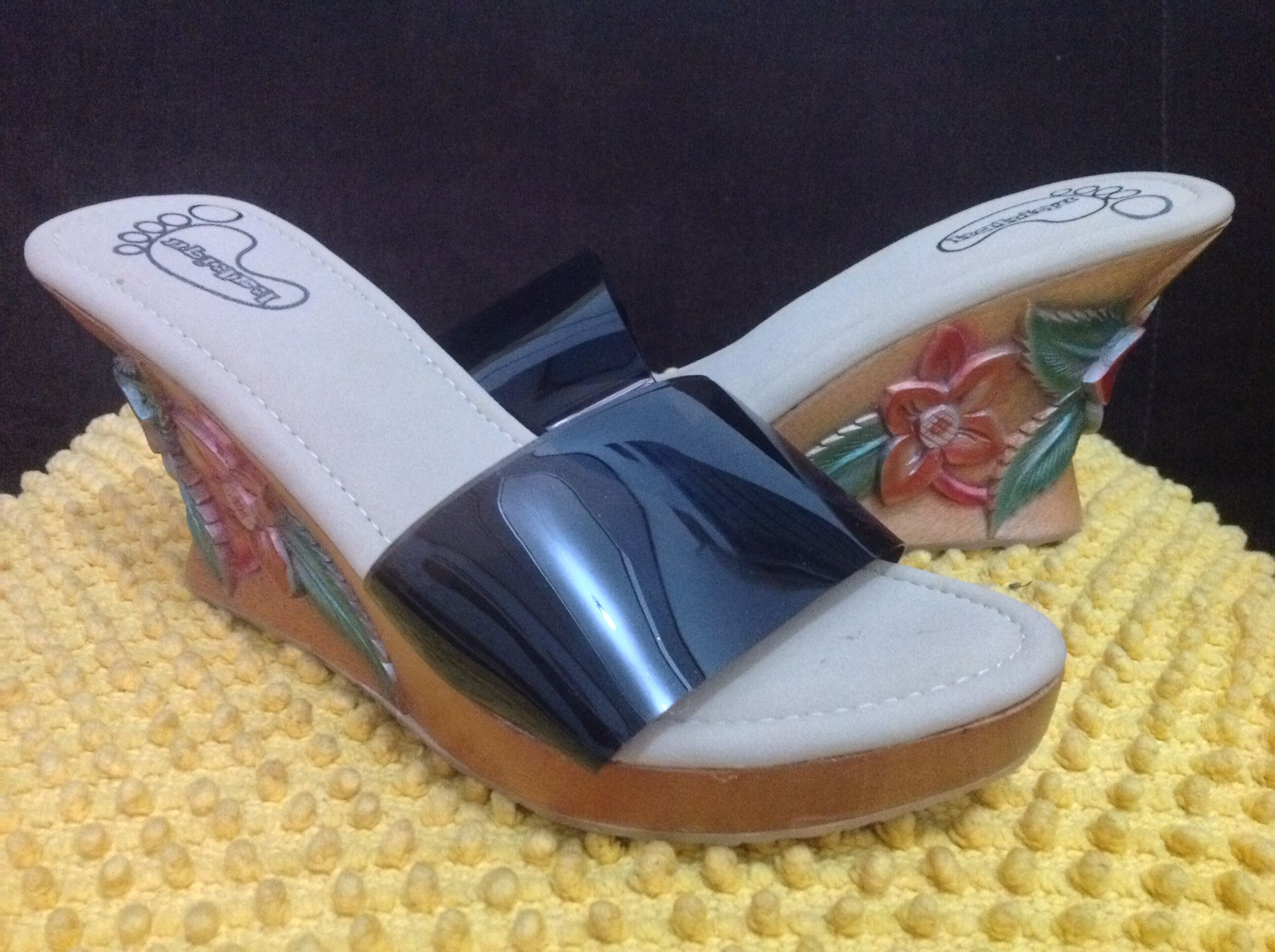 Wedges wooden carve with big jelly strap, my limited design.. SALE 585K