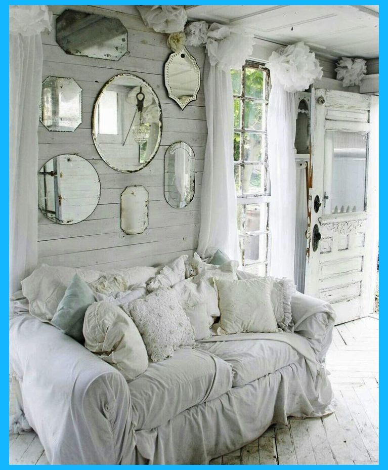 Show Your Family The Greatest Pride Decorate Your Living Room Using Shabby Chic Shabby Chic Apartment Shabby Chic Interiors Shabby Chic Room