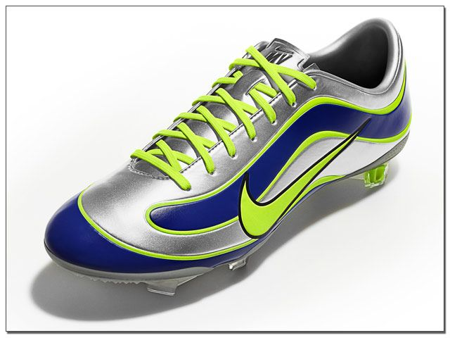 newest nike soccer shoes