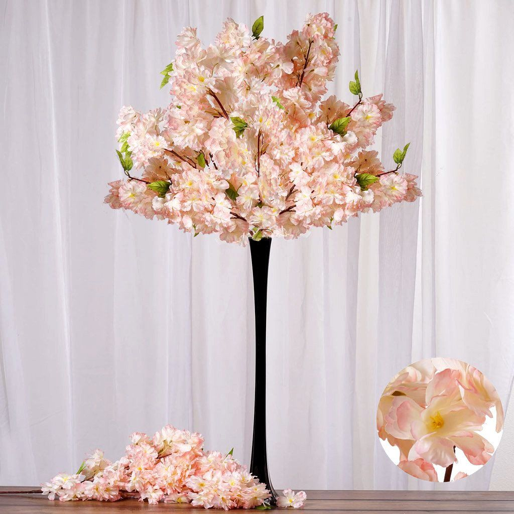 The Selection Of Flowers Takes An Important Place For Event Decoration Arrangements Wedding Flower Decorations Cheap Wedding Flowers Romantic Wedding Flowers
