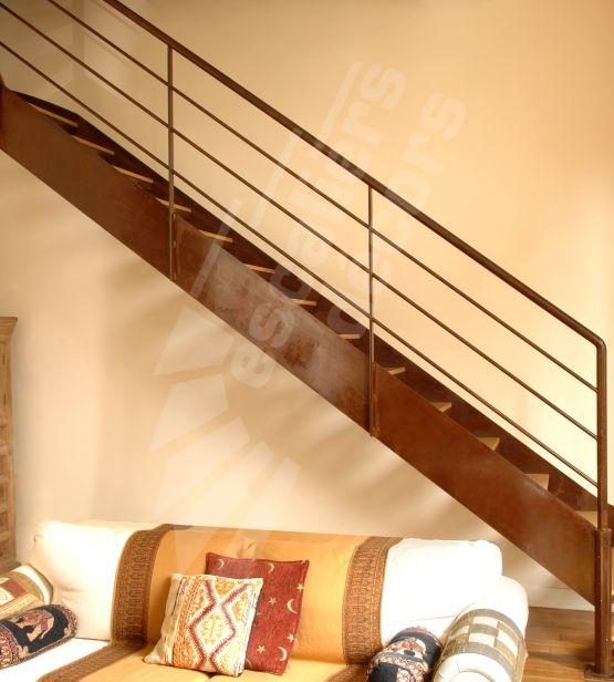 escalier en m tal rouill et bois photo dt41 esca 39 droit. Black Bedroom Furniture Sets. Home Design Ideas