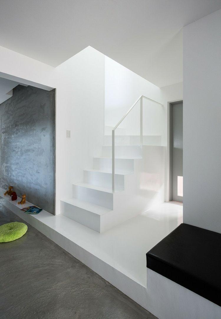 treppe in minimalistischem stil bilder, treppe in minimalistischem stil – 9 weiße designs mit pepp | flur, Design ideen