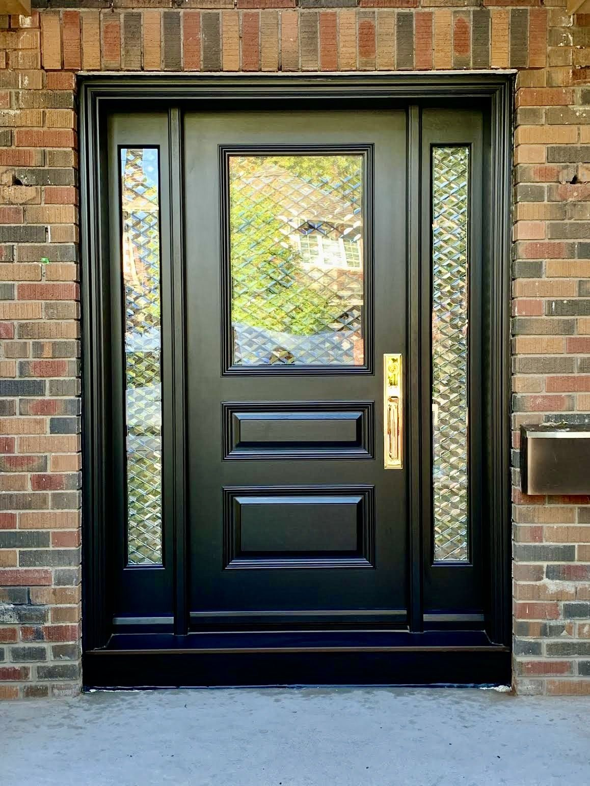 Gorgeous Custommade Solidmahogany Amberwooddoors Door With Sidelights Black Stain Custom Clear Exterior House Doors Black Entry Doors Front Entry Doors