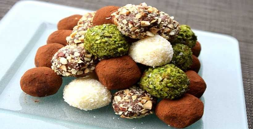 Trufle Czekoladowe Piekne I Eleganckie Slodkosci Sprawdz Przepis Recipe Truffle Recipe Chocolate Homemade Recipes Homemade Chocolate Truffles