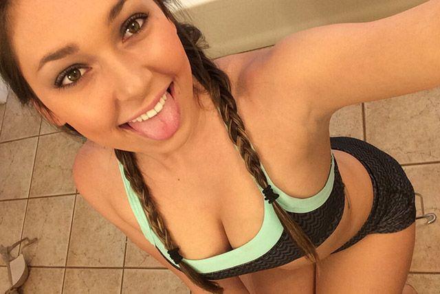 Hot internet girls