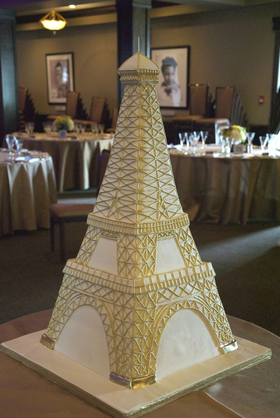 Eiffel Tower Wedding Cake An ivory and gold 3D Eiffel Tower wedding ...