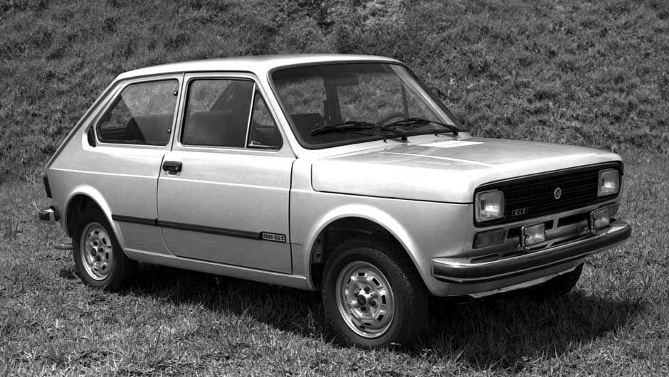 1976 Fiat 147 Com Imagens Carros E Caminhoes Vw Gol Primeiro