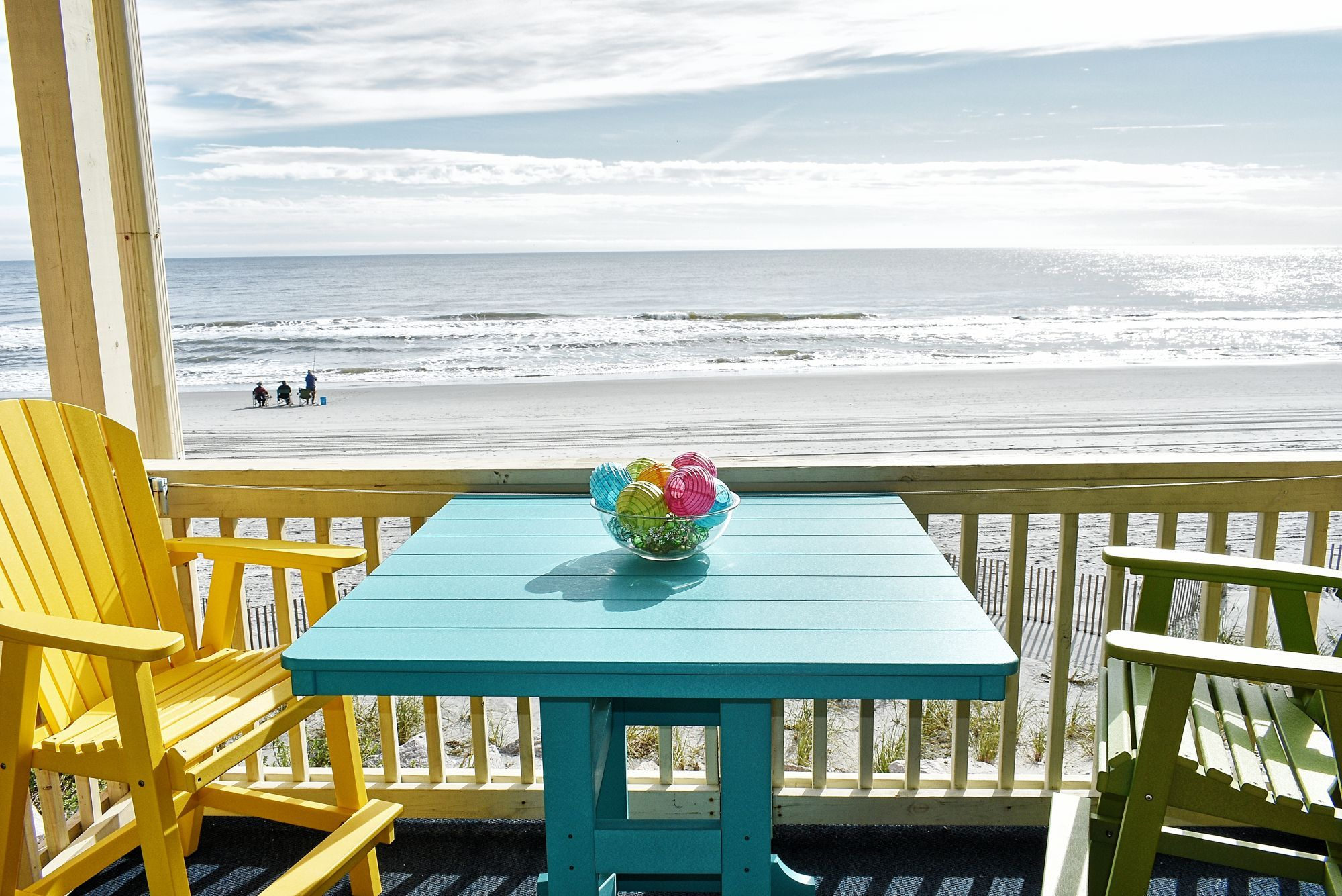 Beach House 206 Is A Two Bedroom Two Bath Oceanfront Condo Located 0 4 Miles North Of Garden City Pier This Unit Has Beach House Oceanfront Condo Garden City