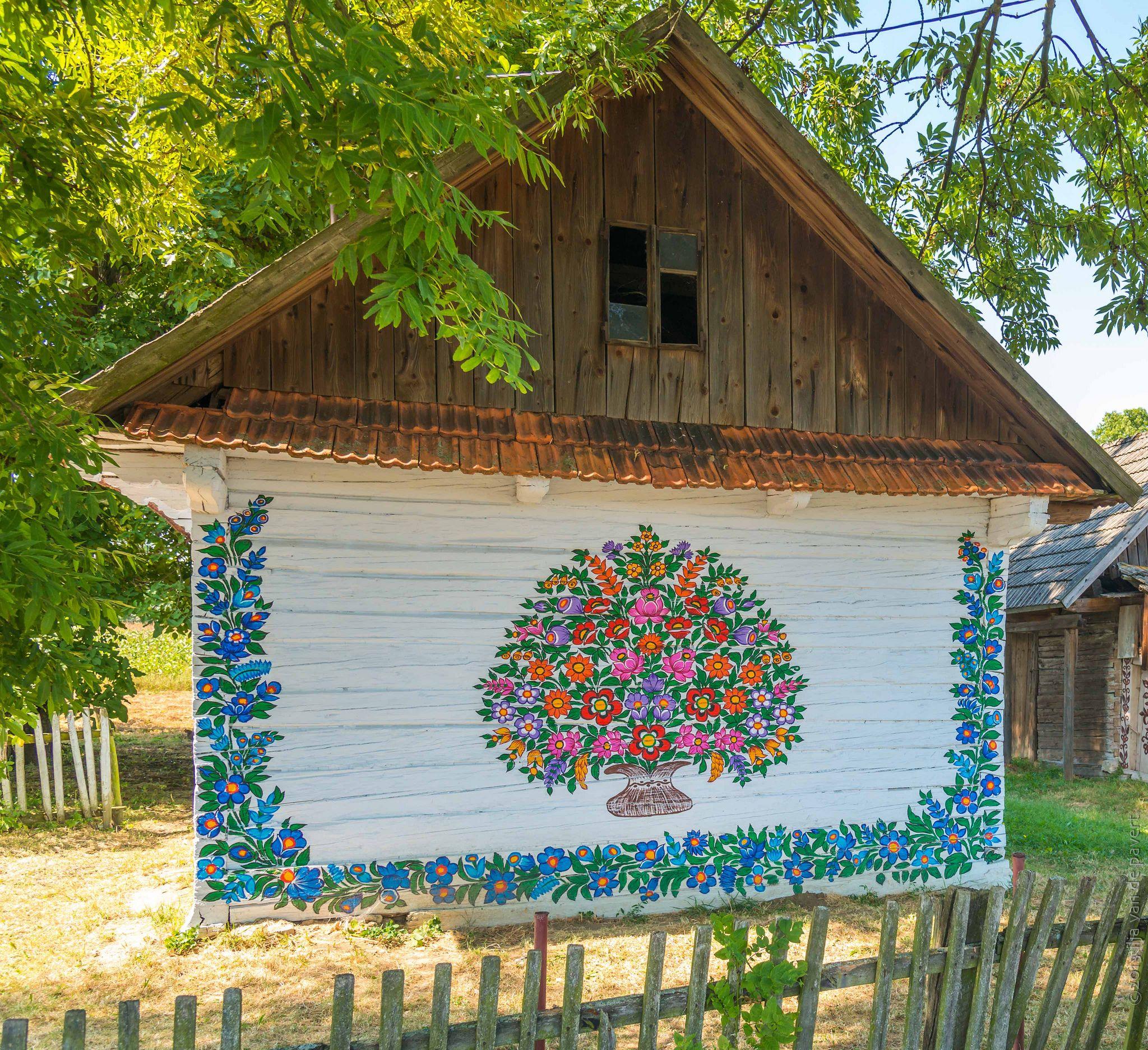 20130817 D8h3808 Polish Folk Art Village Flower Painting