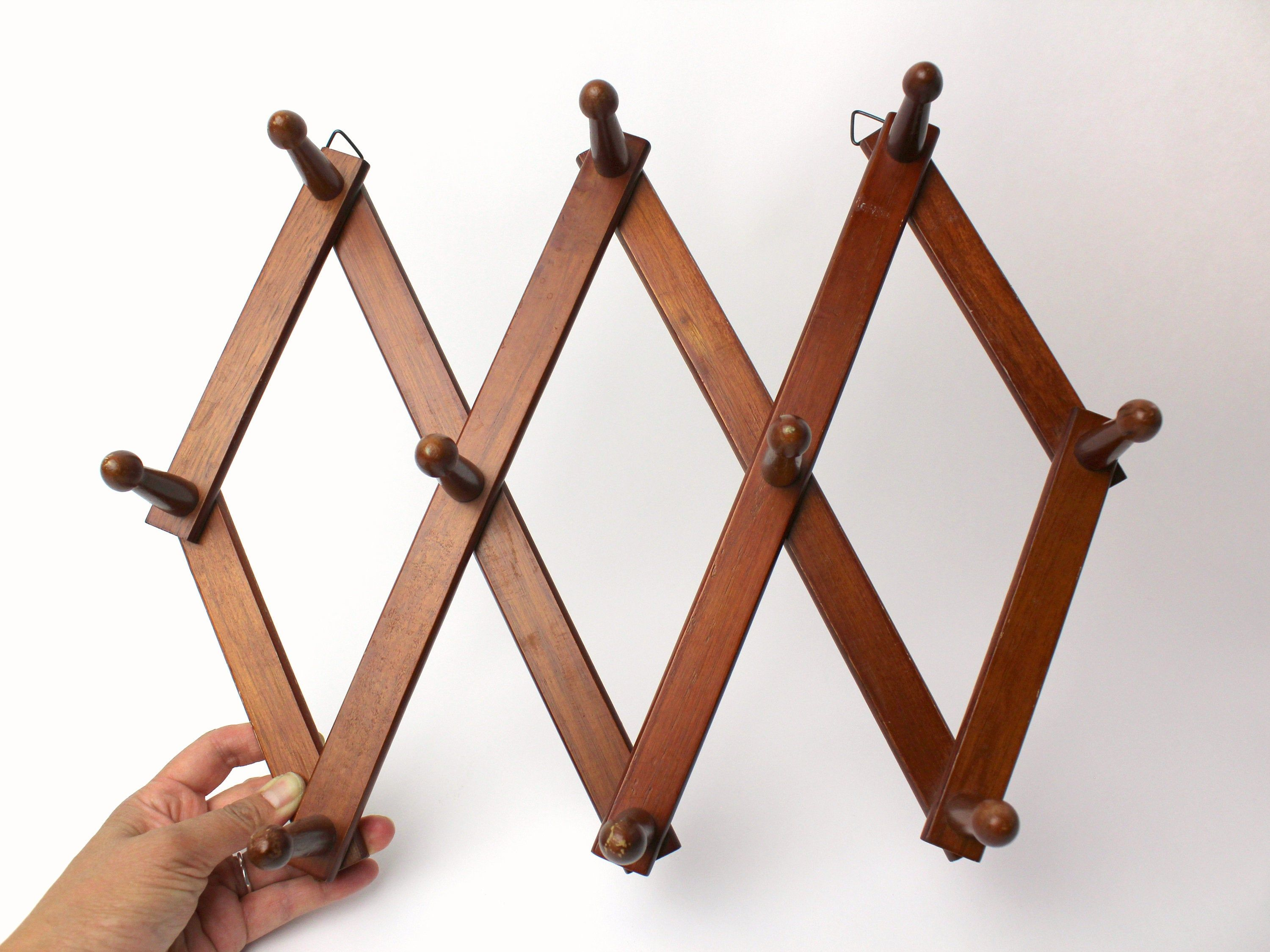 Vintage Wood Accordion Rack Coat Hat Hanger 10 Peg Hooks Wall Mounted Expandable Medium Dark Wood Country Rustic Cabin Cottage Entryway In 2020 Vintage Wood Dark Wood Stain Staining Wood