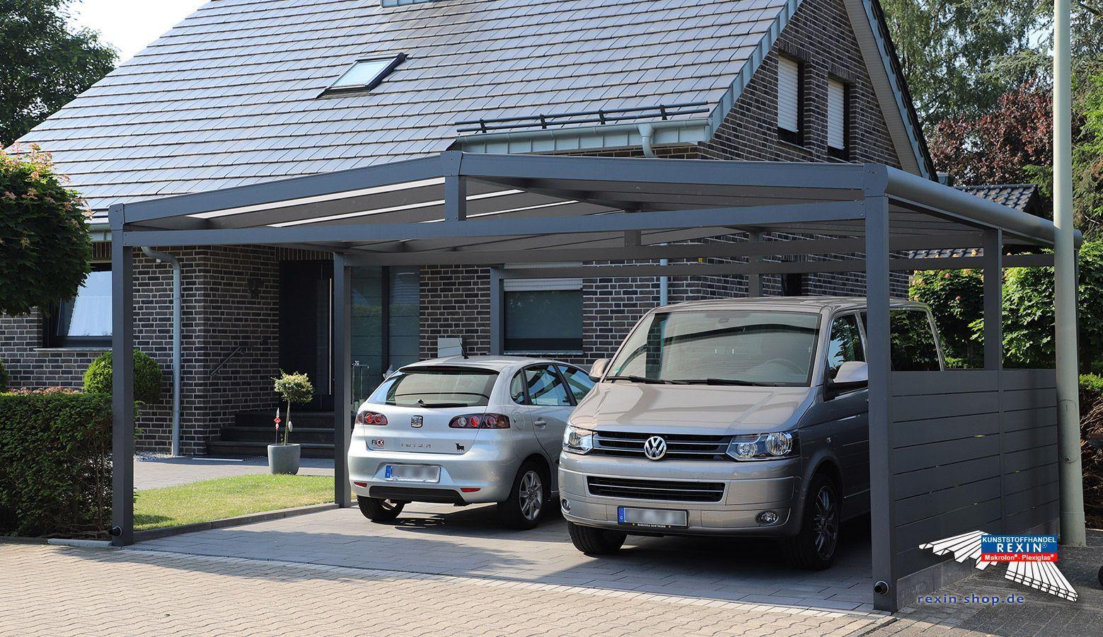 Ein Alu Carport Der Marke Rexoport 6m X 6m In Anthrazit Bei Diesem Freistehenden Aluminium Doppelcarport Mit Satteldach Form Wurd Alu Carport Carport Carports