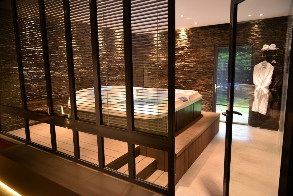 Chambre D Hotes L Orchidee A Sevrier Haute Savoie Chambre D Hotes Luxury Haute Savoie Jacuzzi Interieur Spa Interieur Piscine Interieure Grange