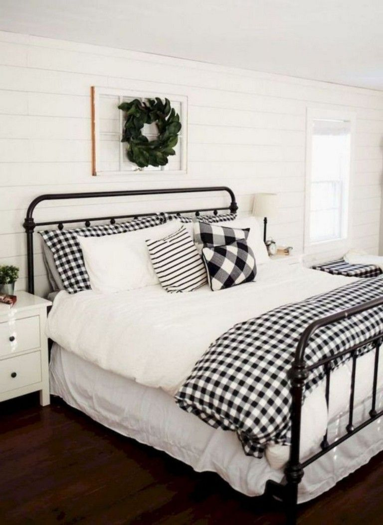 32+ Cozy Farmhouse Bedroom Decorating Ideas For Your Apartment