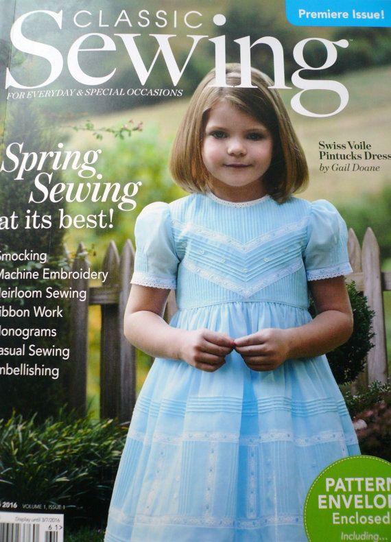 Revista de costura clásica suizo de la gasa alforzas vestido