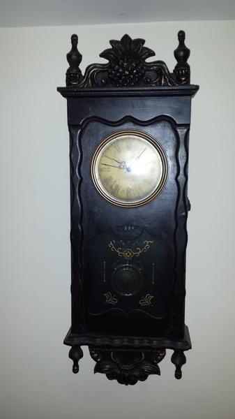 Dubizzle Dubai | Antiquities: Antique style clock | vintage style