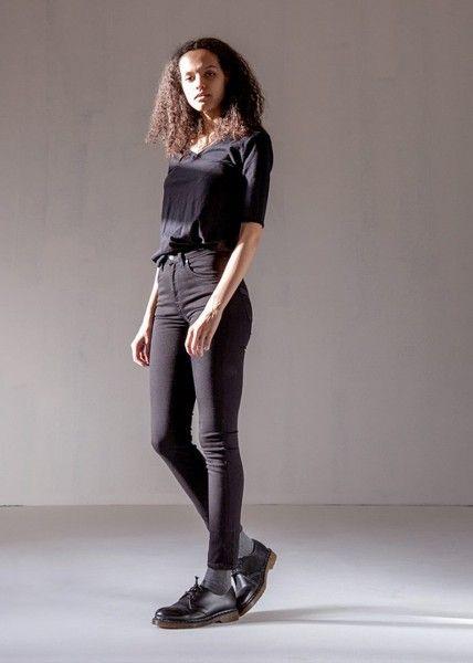 Lass dich inspirieren: Unsere Nachhaltige Casual Outfits für Damen. Nudie Jeans...