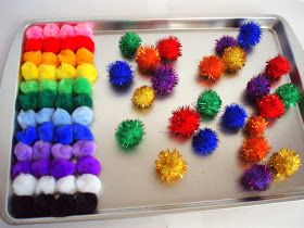 the journals of a Laura Ingalls wannabe: Magnetic Pom Pom Balls