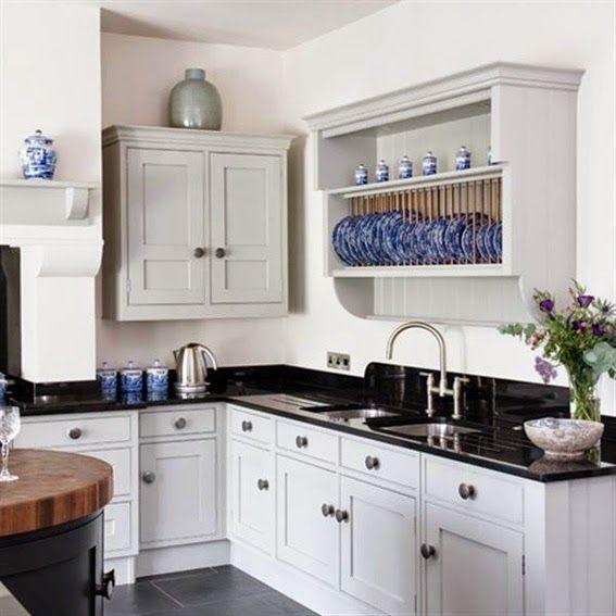 las cocinas en blanco y negro siempre causan gran impacto y elegancia en la decoracin
