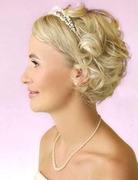 Pin von Kiesel auf Brautfrisur  Brautfrisur kurze haare